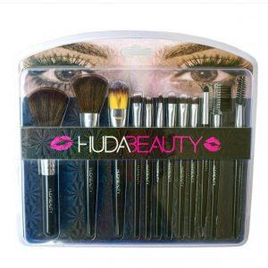 Huda Beauty Face and Eyes Wet Powder Makeup Brush Set