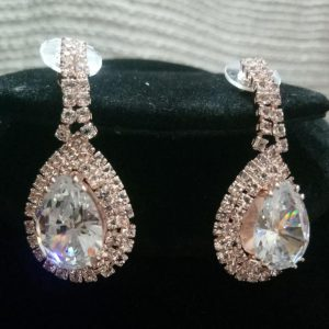 Trendy Imported Jewellery High Quality Stylish Zircon Bridal Golden Earrings For Girls & Womens