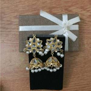 Traditional kundan Jhumka With Fashionable With White Pearl & Stone for Women