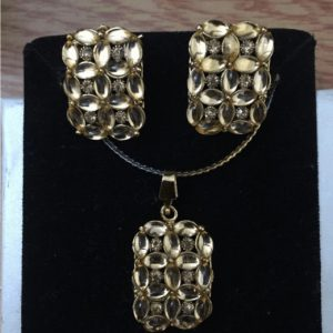 Traditional Indian Gold Necklace Set With Stud Earring In Beautiful Gold & Stones
